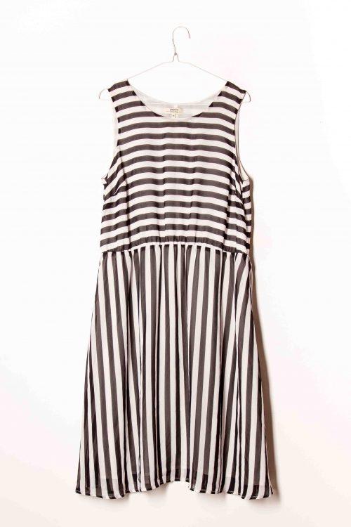 26de352a06 Papaya fekete-fehér libbenős ruha UK16 EUR44 Plus Size
